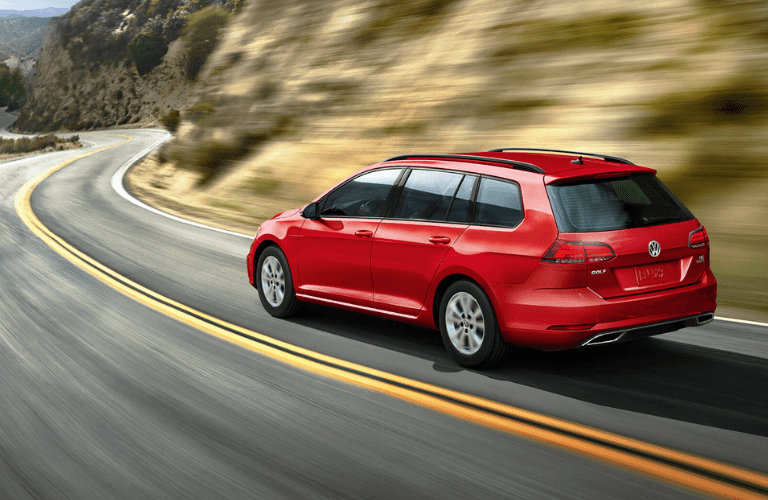 2019 Volkswagen Golf SportWagen  full view