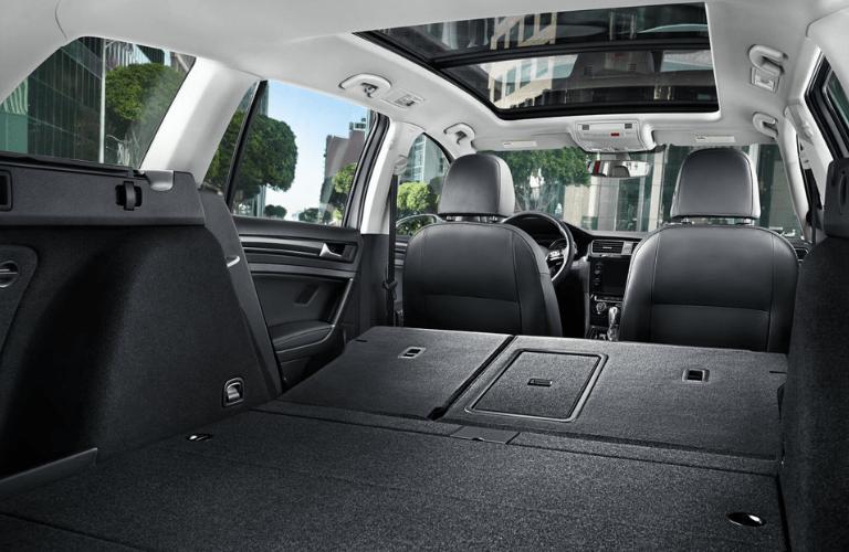 2019 Volkswagen Golf SportWagen cargo space