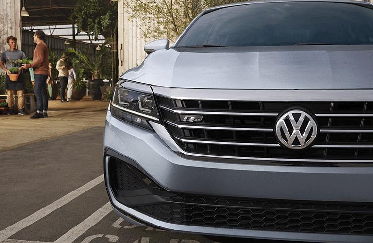 2021 Volkswagen Passat front end
