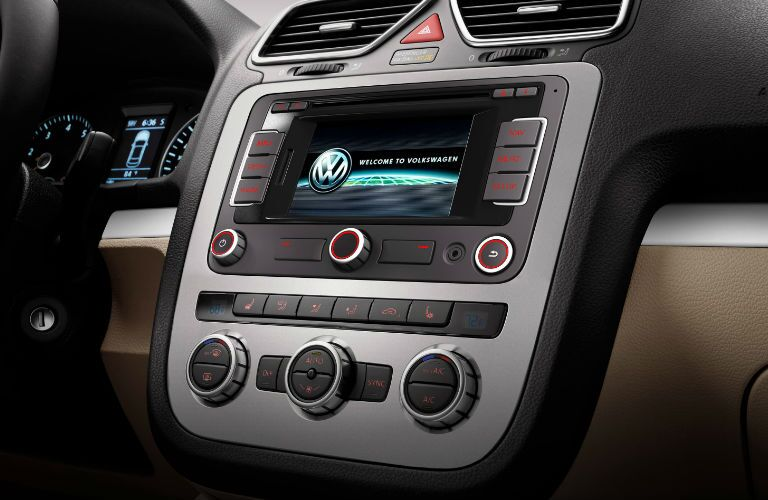 The dashboard of the 2016 VW Eos.