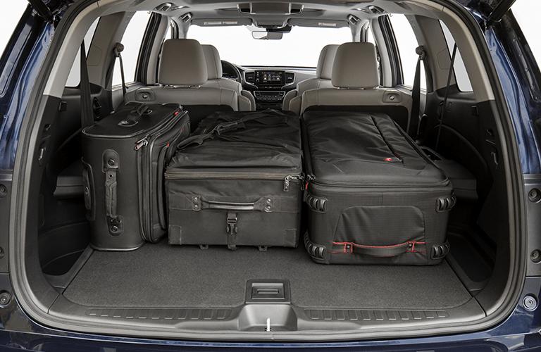 2019 Honda Pilot trunk full of luggage