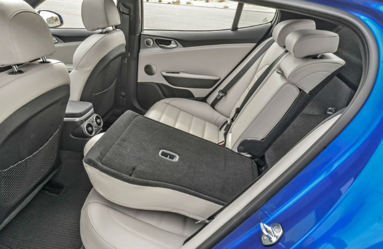 2018 Kia Stinger Interior Cabin Rear Seats Split Folded