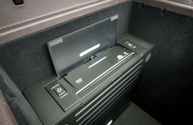 A photo of the DVD player available with the 2019 Kia Sedona.