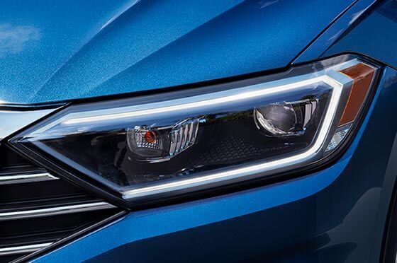2019 Volkswagen Jetta's LED Headlights