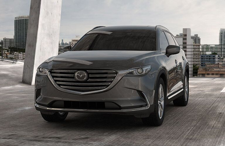 front view of a silver 2018 Mazda CX-9