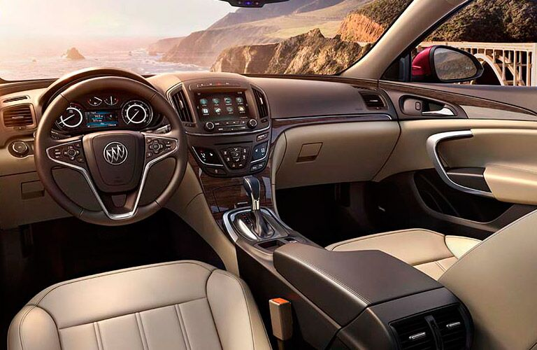 2017 Buick Regal Luxury Interior Features