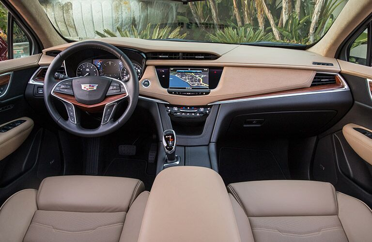 interior dashboard design of 2018 Cadillac XT5