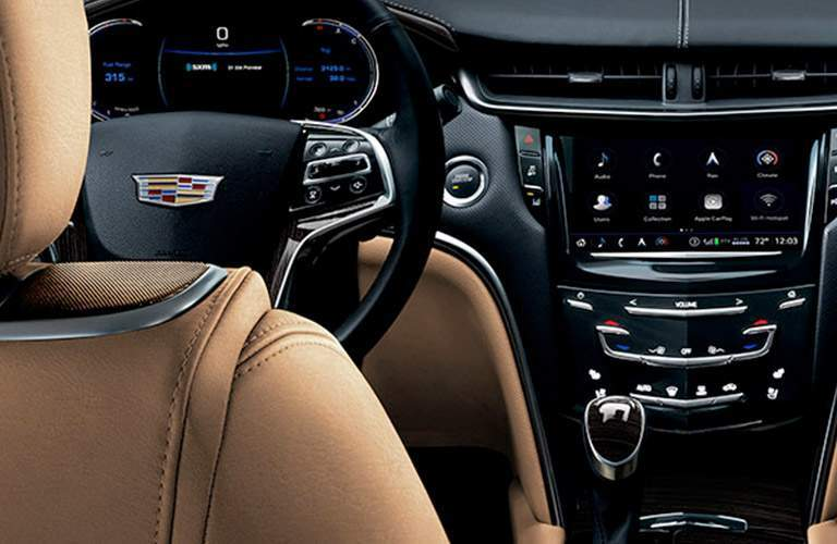 steering wheel and dashboard in 2018 Cadillac XTS