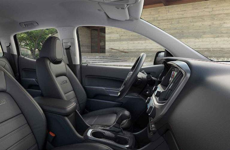 front seats in 2018 GMC Canyon