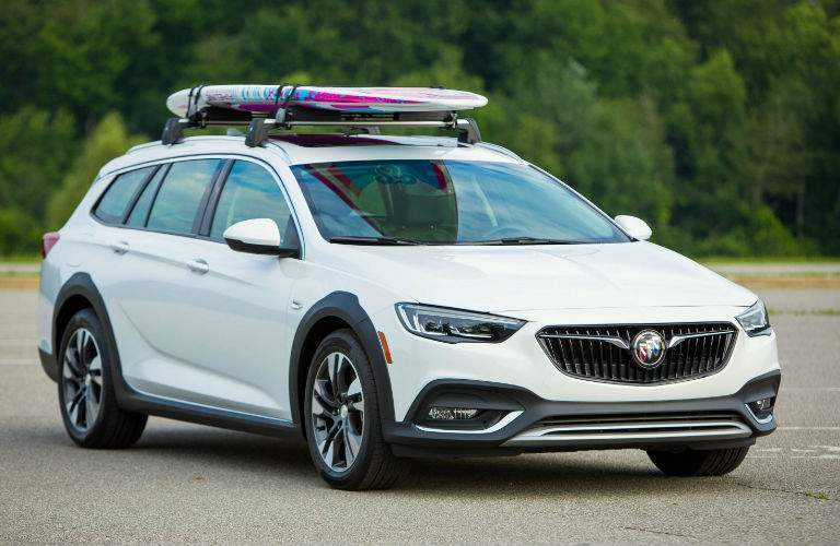 2018 Buick Regal roof racks