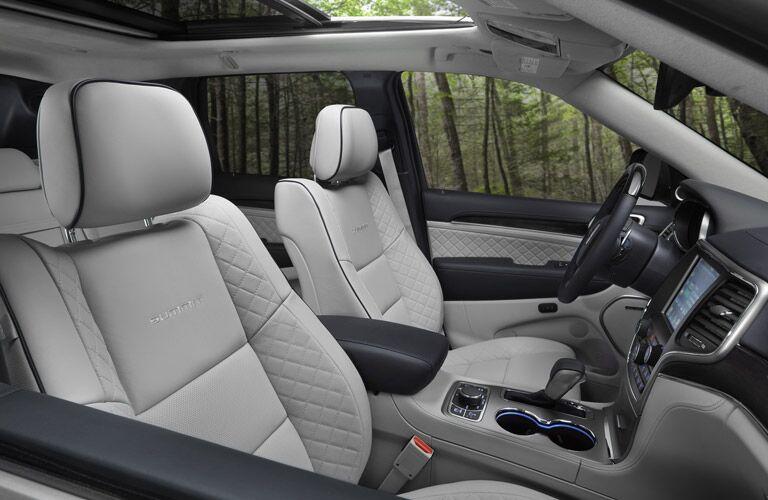 2017 Jeep Grand Cherokee Gray leather Interior