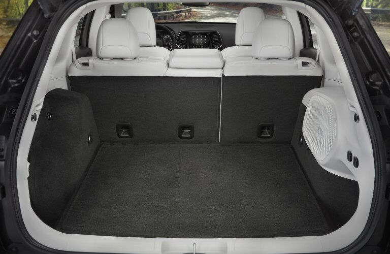 cargo space in 2019 Jeep Cherokee