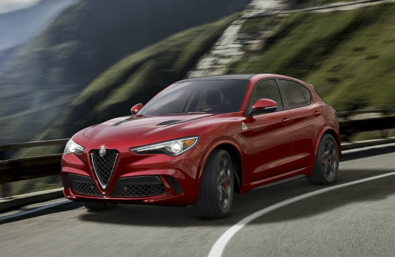 2018 Alfa Romeo Stelvio body design