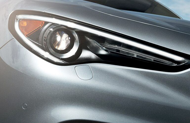 headlamps of gray 2019 alfa romeo stelvio