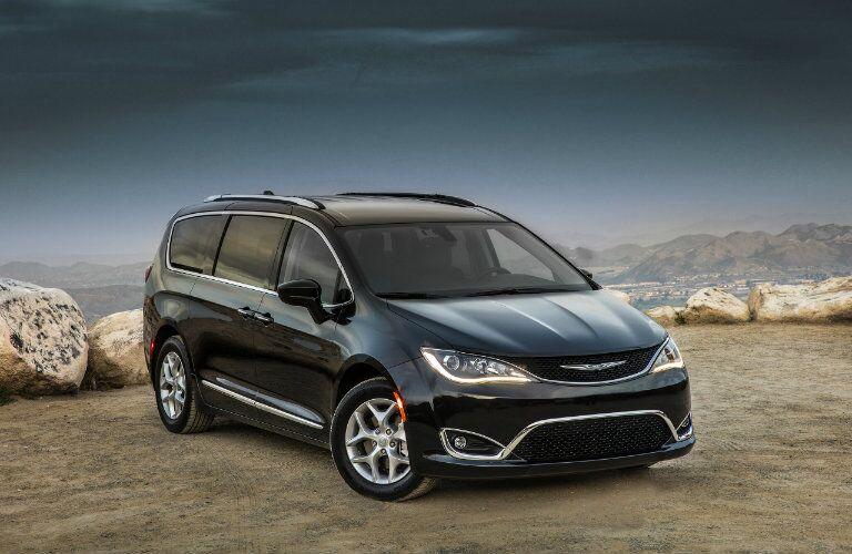2017 Chrysler Pacifica Lease Van-a-Palooza 2017