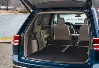 Versatile and flexible cargo space