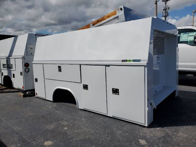 Reading CSV AL 132 SRW Enclosed Service Body Homestead FL