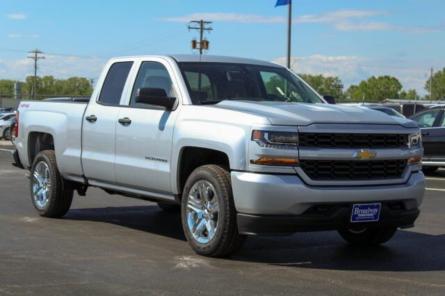 2017 Chevrolet Silverado 1500 Custom Green Bay WI