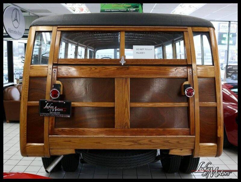 1954 Chevrolet 4400 WOODY ESTATE BUS Villa Park IL