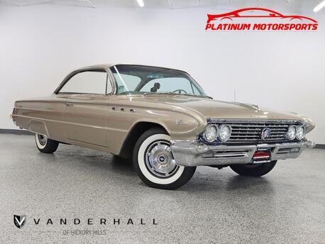 1961_Buick_La Sabre_2-Door Hardtop_ Hickory Hills IL