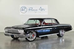 1962 Chevrolet Impala SS Coupe #'s Matching. New Interior. Air Ride.