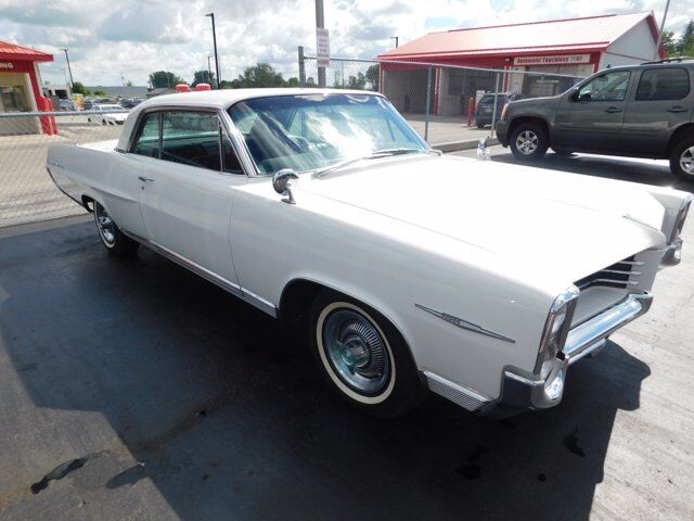 1964 PONTIAC BONNEVILLE  Listowel ON