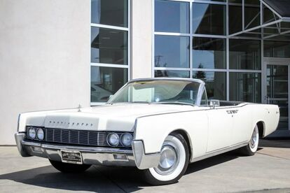1967_LINCOLN_CONTINENTAL_CONVERTIBLE_ Seattle WA