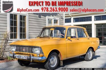 1974_Moskvitch_408E_Sedan_ Boxborough MA