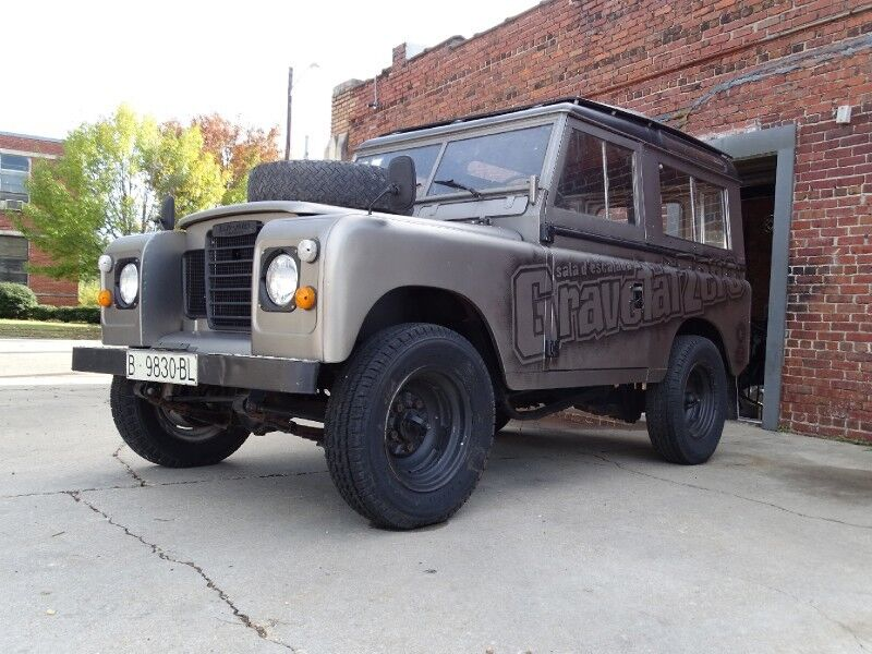 1976 Land Rover Series III 88