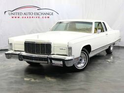 1977_Lincoln_Continental__ Addison IL