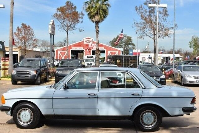 1977_Mercedes Benz_E-280__ Houston TX