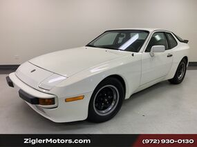 Porsche 944 Low Miles/ Two Owner!/Garage Kept/ Serviced/ Clean Carfax 1983