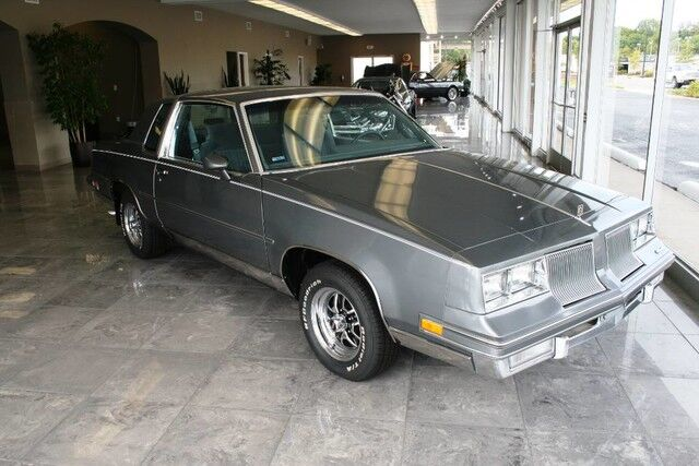 1986 Oldsmobile Cutlass Rare Find - Local One Owner - Garage Kept and Covered - Only 25K Original Miles - New BF Goodrich Tires - Need to See This One! Nashville TN