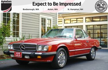 1987_Mercedes-Benz_560SL_Roadster_ Boxborough MA