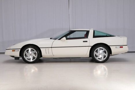 1988_Chevrolet_Corvette_4+3MT_ West Chester PA