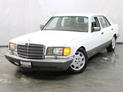 1988_Mercedes-Benz_560 Series_560SEL / 5.6L V8 Engine / Auto 4 Speed Trans / Rear-Wheel Drive / Catalyst Feedback Fuel System_ Addison IL
