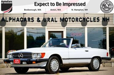 1988_Mercedes-Benz_560SL_Roadster_ Boxborough MA