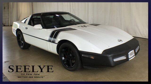 1989 Chevrolet Corvette Base Paw Paw MI