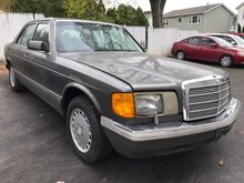 1990_Mercedes-Benz_300 Series_300SE_ Whitehall PA