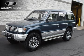 1992_Mitsubishi_Pajero 4WD Turbo Diesel__ Willow Grove PA