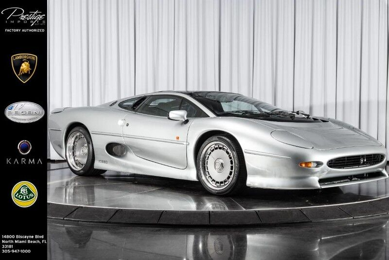 1993_Jaguar_XJ220__ North Miami Beach FL