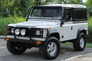 1994_Land Rover_Defender 90__ Akron OH