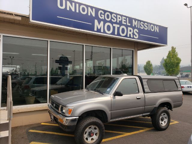 1994 Toyota Pickup DX Reg. Cab 4WD Spokane Valley WA