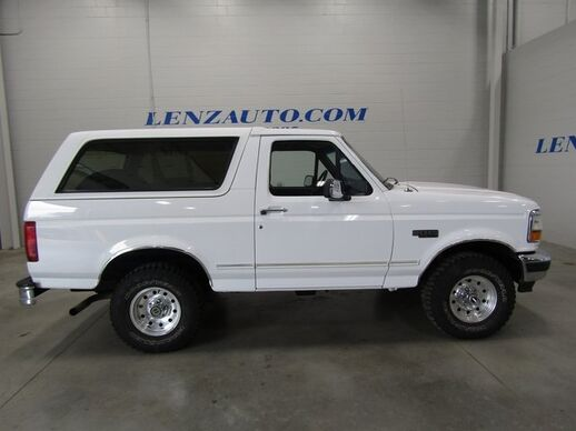 1995_Ford_Bronco_4x4 2 DOOR XLT_ Fond du Lac WI