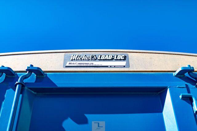 1995 Freightliner Grain Truck Tandem Axle Diesel Manual Red Deer AB