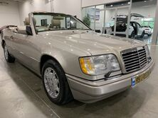 Mercedes-Benz E320 Convertible 1995