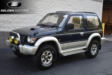 1995_Mitsubishi_Pajero_Wide XR-2 Turbo Diesel_ Willow Grove PA