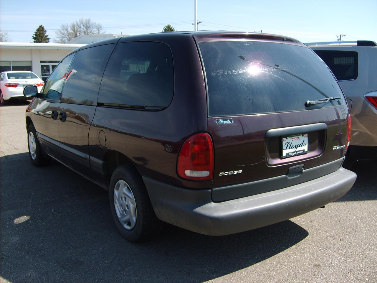 1996 Dodge Grand Caravan SE Jamestown ND