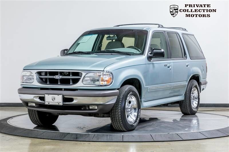 1996_Ford_Explorer_XLT 1 Owner Clean Carfax Original Miles_ Costa Mesa CA
