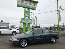1996_Honda_Accord_LX sedan_ Eugene OR